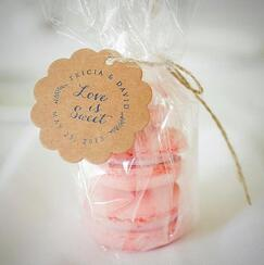 wedding favors, rustic wedding, barn, new england, maine, guests, gift bag, dessert